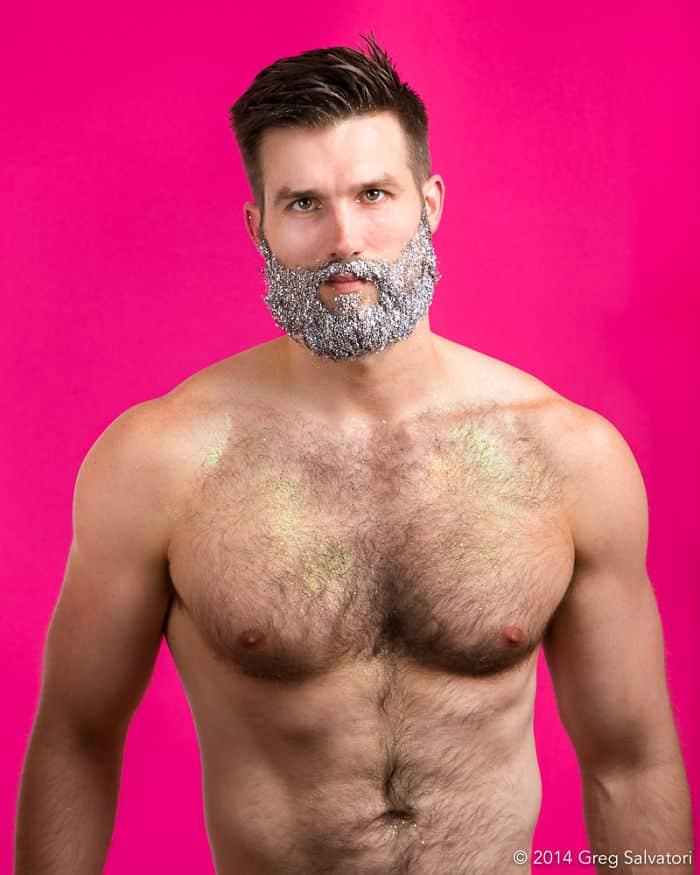 Мужская борода в украшениях
