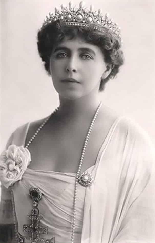Королева Румынии Мария