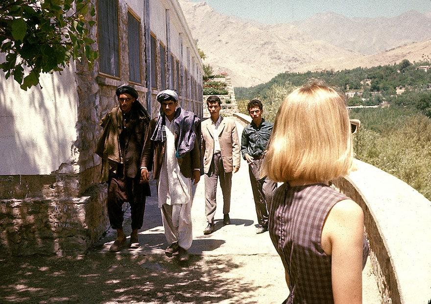 Блондинка в Афганистане