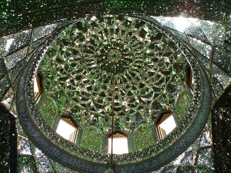 Купол в мечети