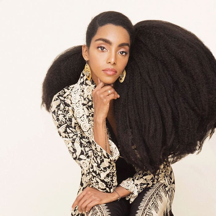 Совсем недавно девочки страдали из-за своих волос