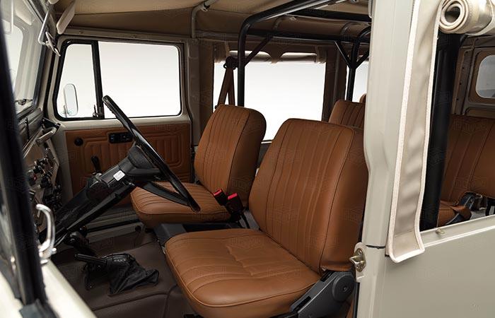 Сиденье водителя FJ45