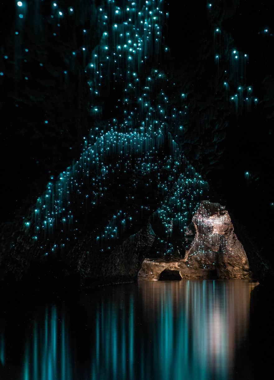 Фантастическое зрелище в пещере
