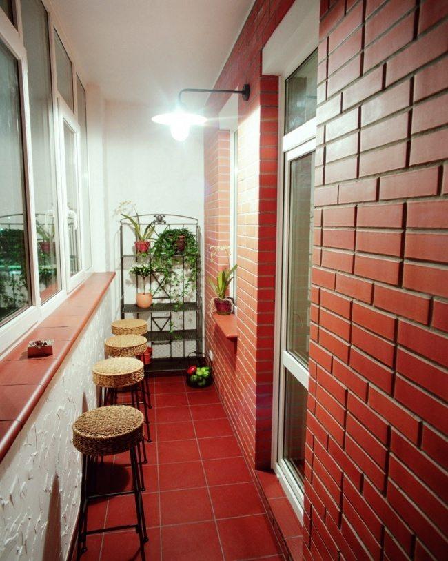 Великолепный дизайн уютного балкона 3