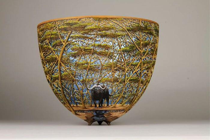 Ажурная деревянная чаша