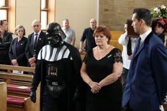 Праздничные похороны