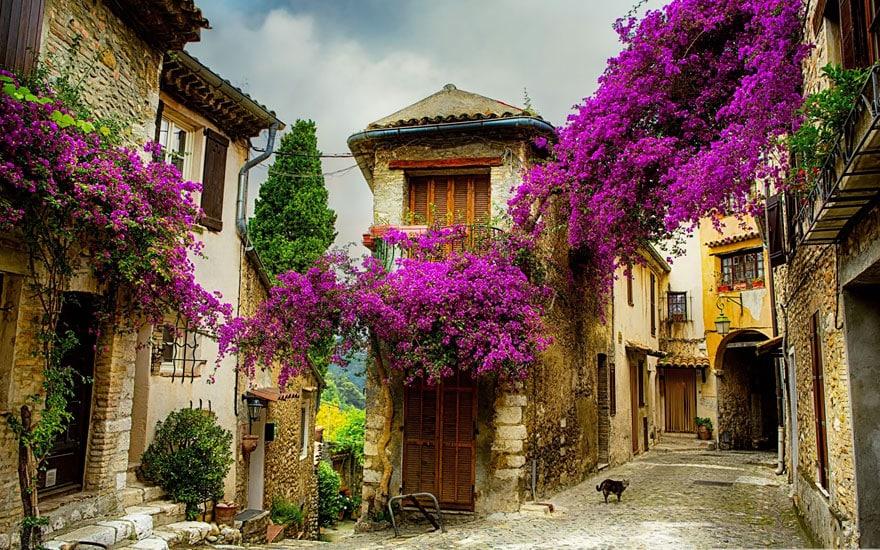 Село в Провансе, Франция