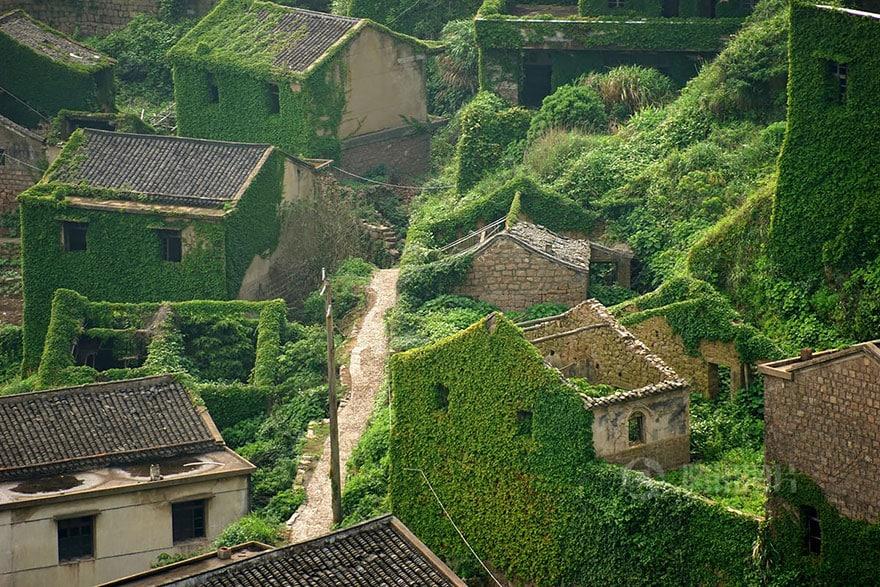 Заброшенная рыбацкая деревня в Шэнси, Китай
