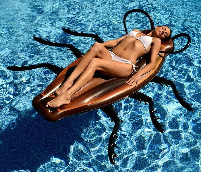 Блаженство в бассейне