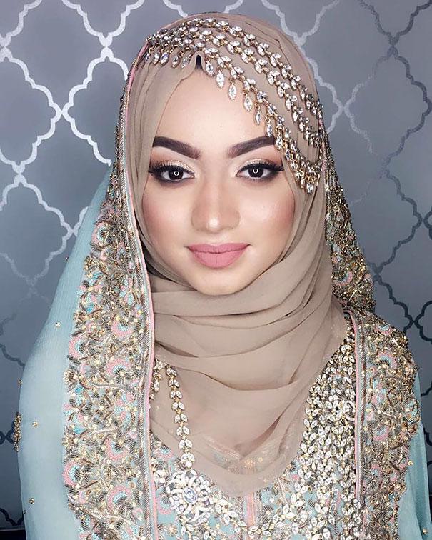 Невеста в хиджабе