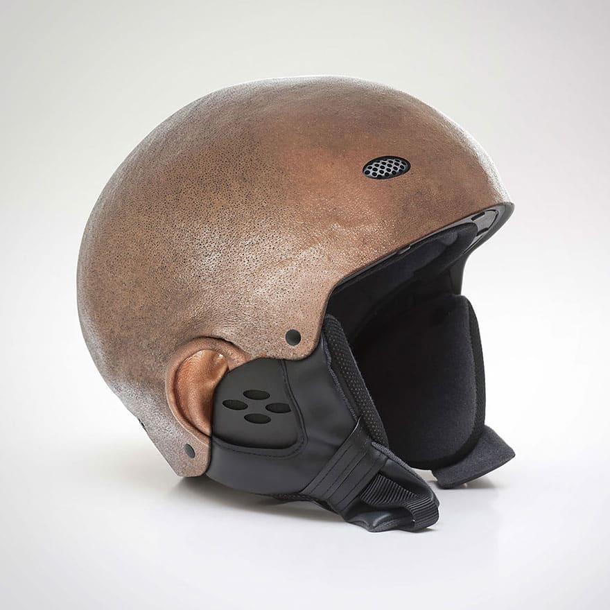 Шлем из человеческой кожи