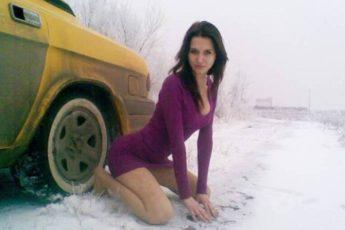 Поза на снегу