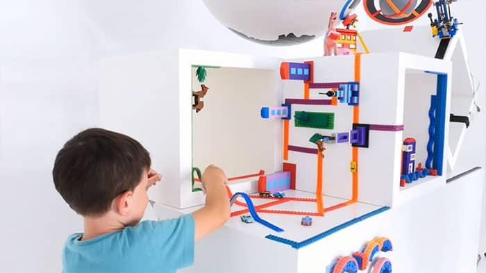Лента Лего в детской комнате