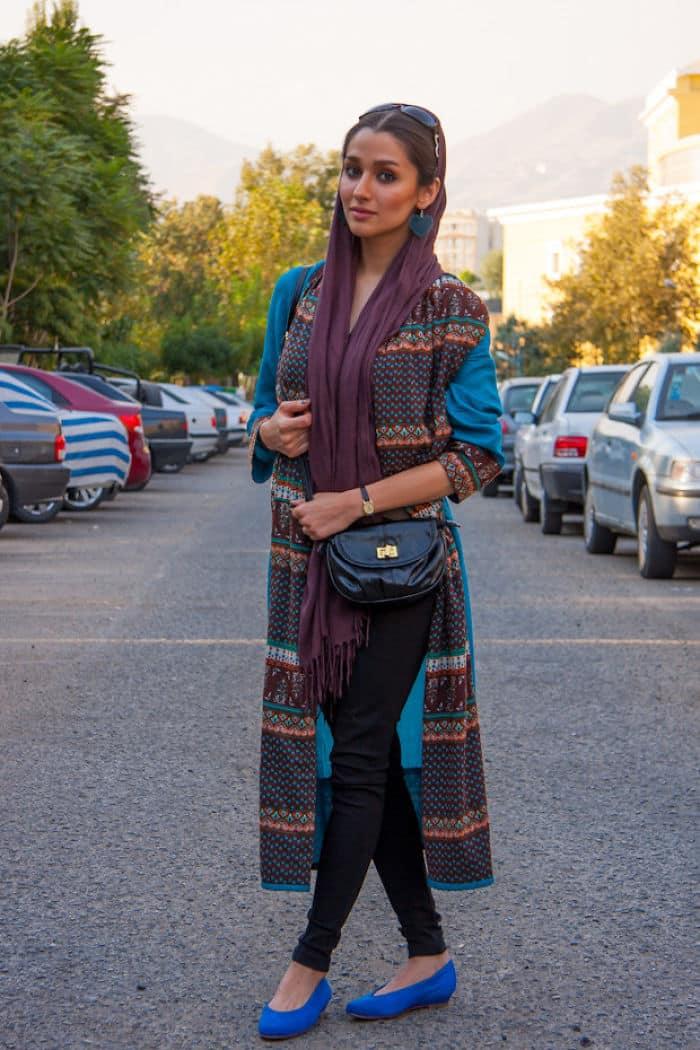 Девушка в Иране