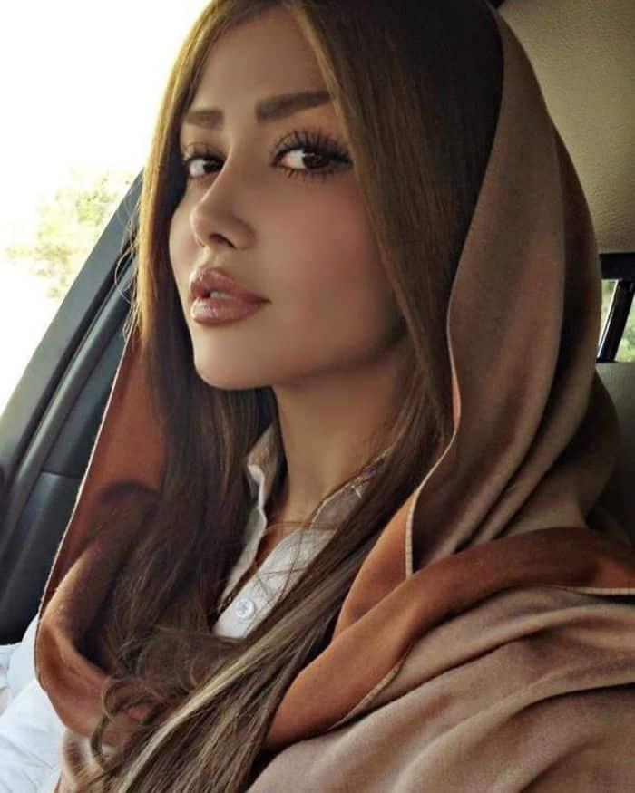 Угнетенные девушки в Иране