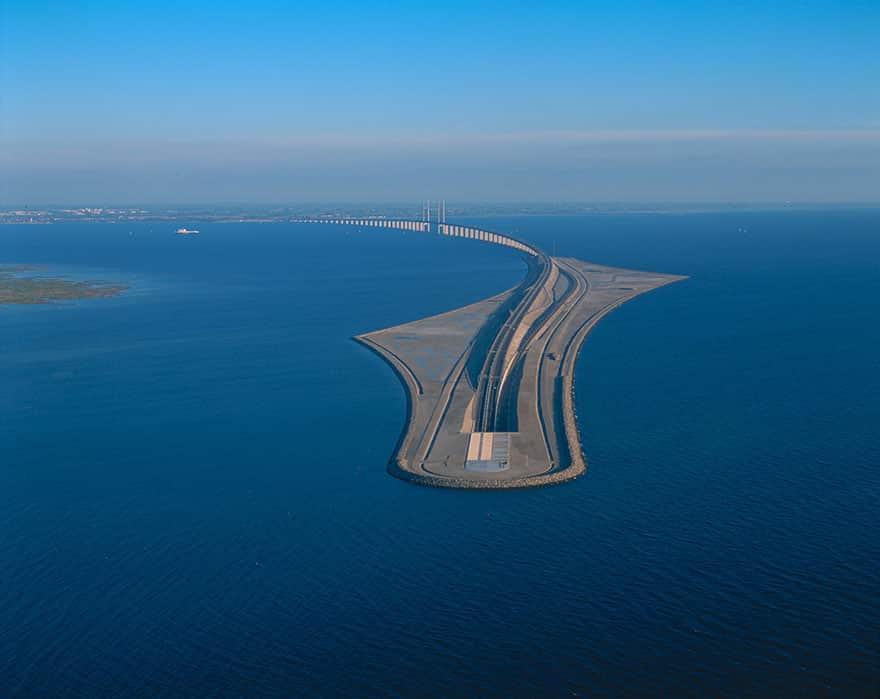 Мост между Данией и Швецией - искусственный остров