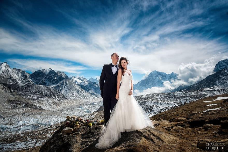 Эпическая свадьба на вершине Эвереста