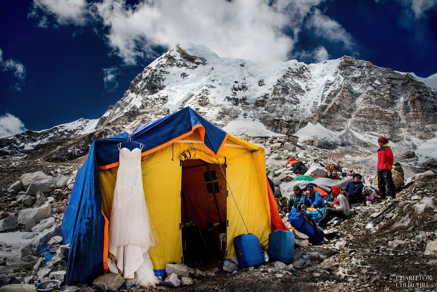 Обручение на Эвересте