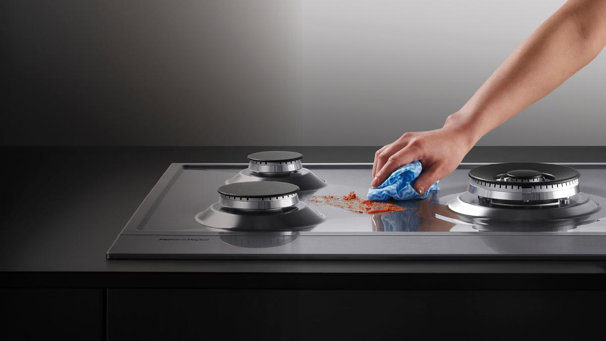 Как быстро и легко почистить кухонную плиту