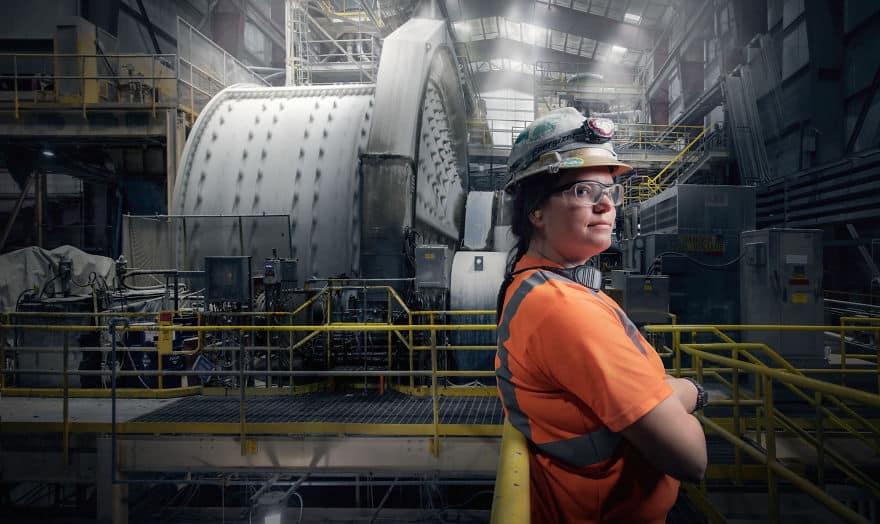 Женщина на мужской работе