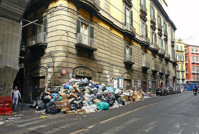Неаполь Италия