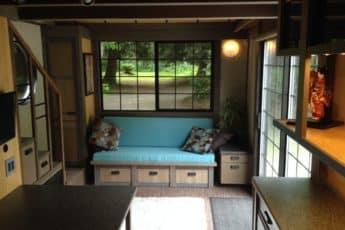 Малогабаритный просторный домик
