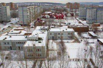 Девять этажей