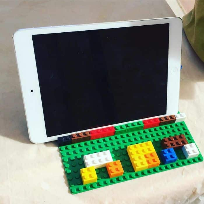 ipad_holder_lego