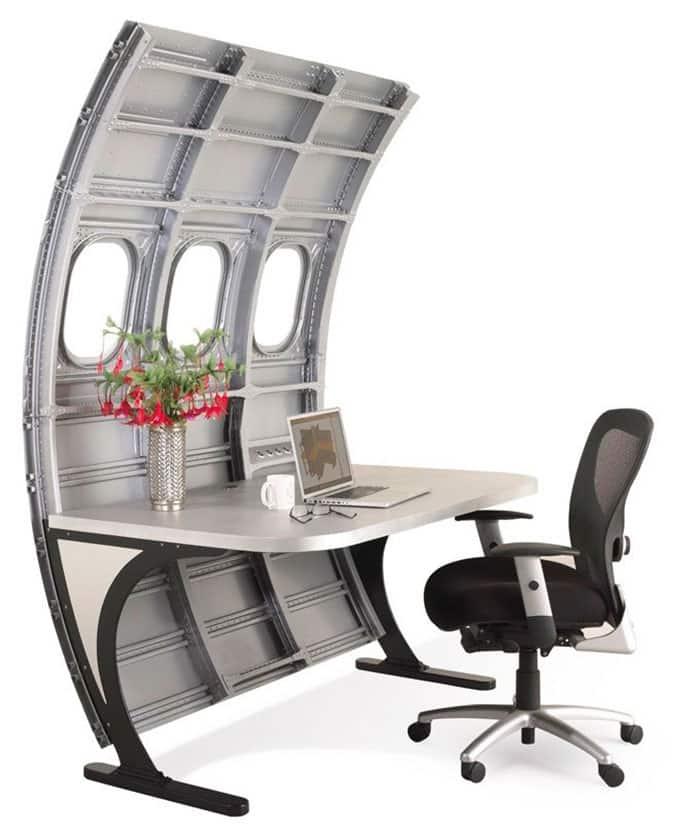 fuselage_desk