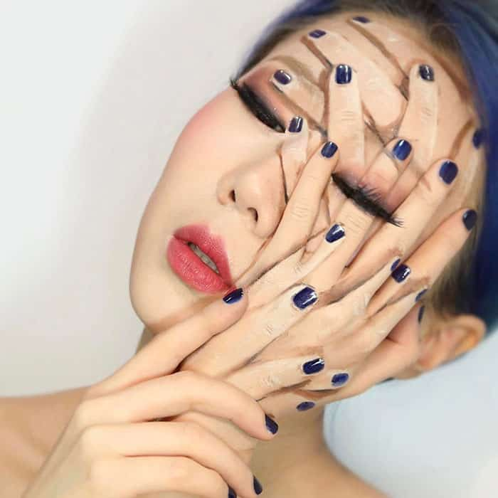 many_hands_makeup