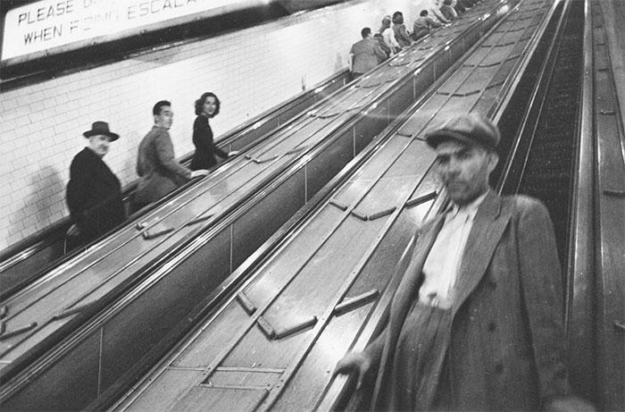 vintage-photographs-new-york-street-life-stanley-kubrick-coverimage